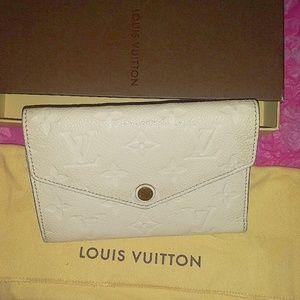 Louis Vuitton Wallet Empreinte Compact Curieuse